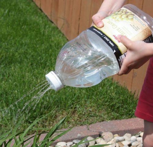 Капельный полив своими руками из пластиковых бутылок