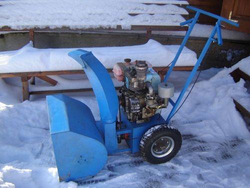 Самодельный мини трактор для уборки снега