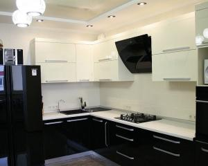 как выбрать идеальный дизайн угловой кухни