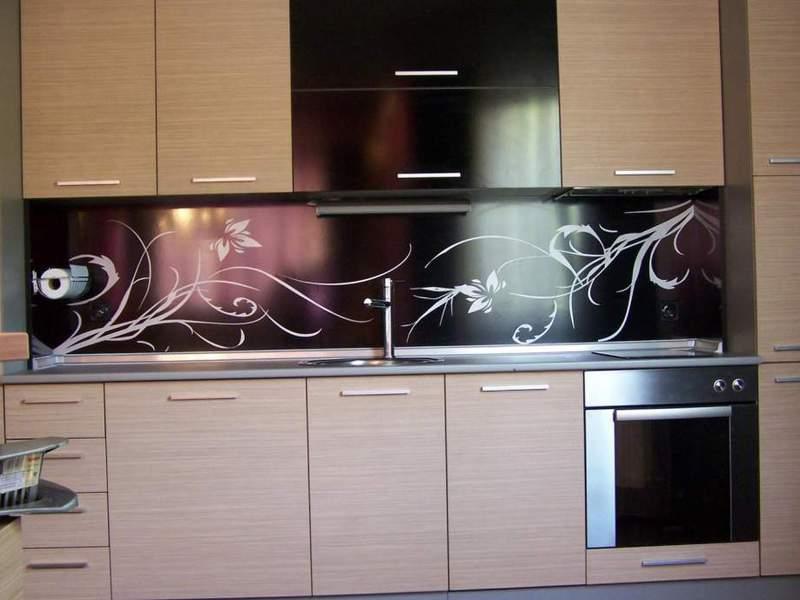 Кухонный фартук стекло своими руками